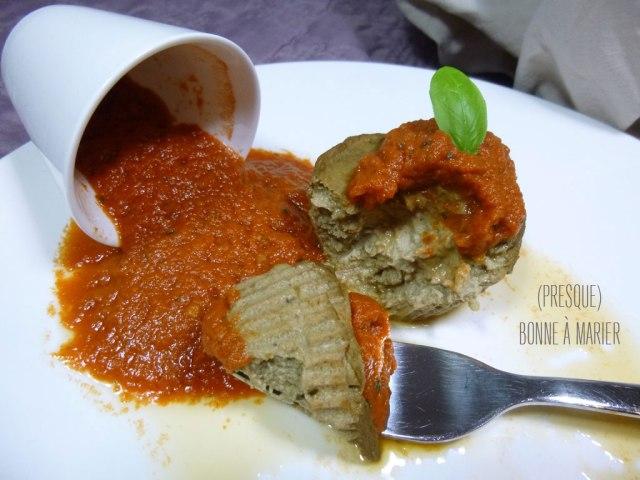 Petits flans d'aubergines et leur sauce tomate toute bête