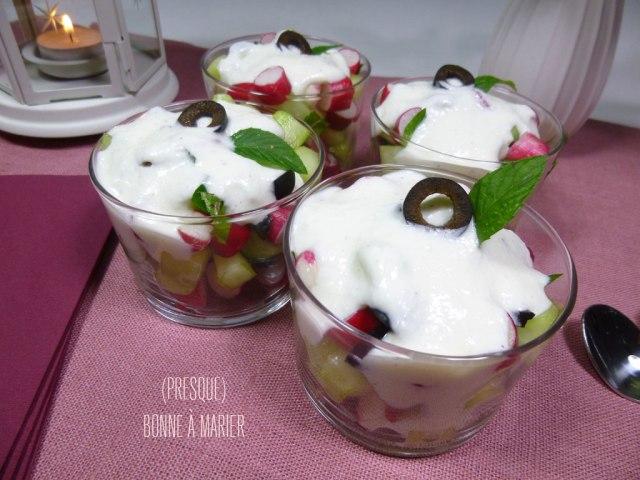 Verrines concombre, radis et crème de feta