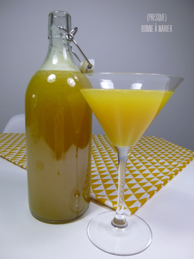 Cocktail rhum ananas passion et touche banane