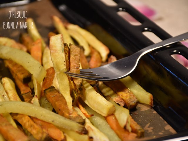 Frites tricolores de pommes de terre, patates douces et panais au four