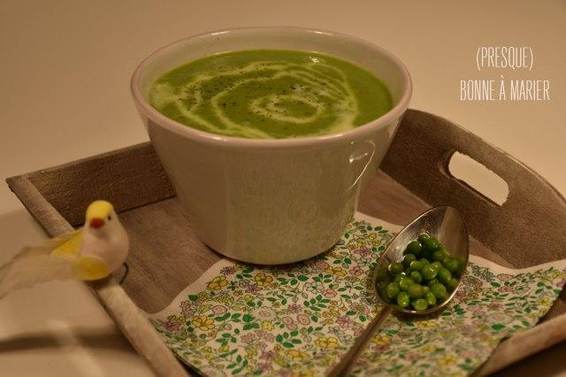 Soupe tiède de petits pois à l'estragon