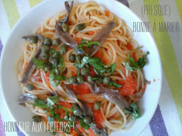 Spaghetti au poivron et aux câpres
