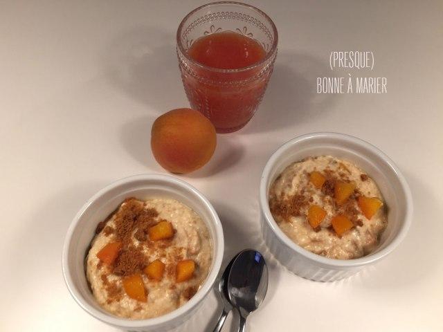 Encas yaourt ou fromage blanc aux abricots frais et Speculoos