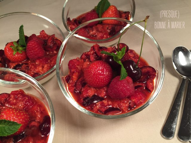 Panna cotta vanille aux fruits rouges