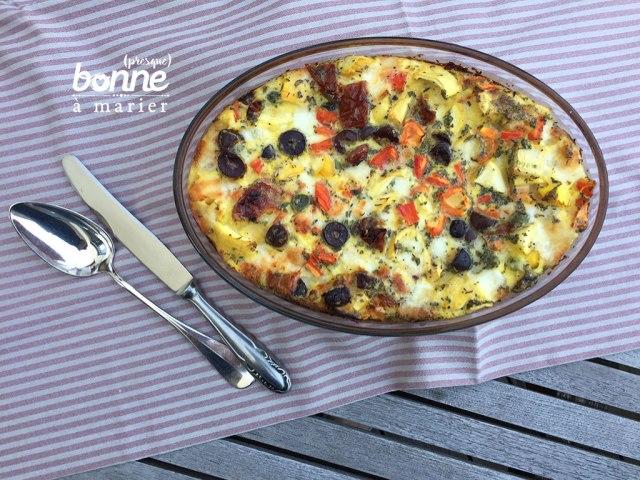 Clafoutis aux courgettes, poivrons, tomates séchées, olives et mozzarella