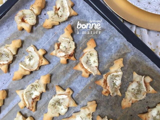 Toasts feuilletés au fromage de chèvre et aux figues