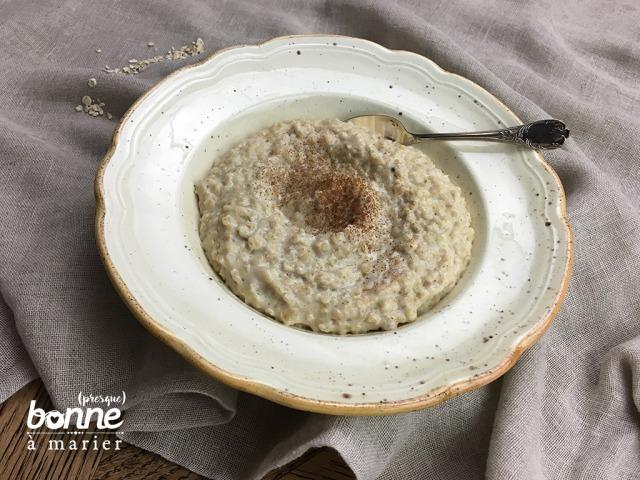 Porridge à la cannelle et cardamome