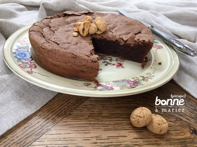Gâteau au chocolat et aux amaretti