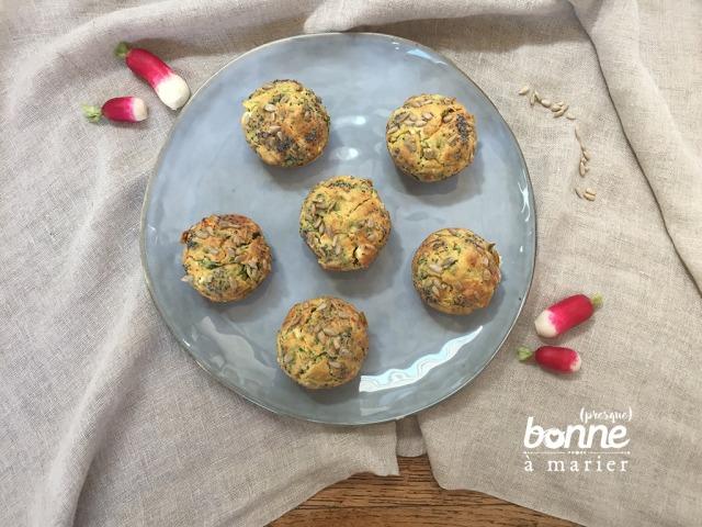Muffins zéro déchet aux fanes de radis et à la feta